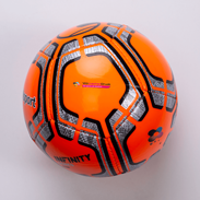 Fußball in Orange