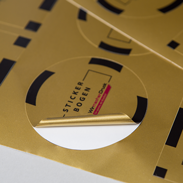 Detailansicht Stickerbögen in Gold